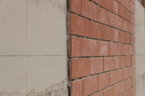 《钢管混凝土束结构岩棉薄抹灰外墙外保温工程技术规程》发布插图